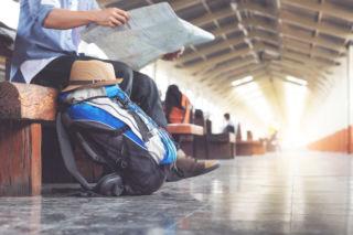 Matkavakuutuksesta saamallasi korvauksella huolehdit esimerkiksi sairastuneen tai muiden lastesi hoidosta tai katat ylimääräisiä matka- ja majoituskustannuksia.